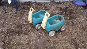 step 2 little wagon for toys in Oswego, Illinois