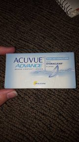 acuvue advance for astigmatism with hydraclear contact lenses -1.00 in Naperville, Illinois
