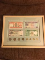Hongkong Dollars in Chicago, Illinois