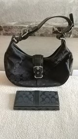 small-med size Coach bag&wallet in Camp Pendleton, California