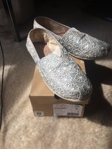 Toms silver laced in Lockport, Illinois