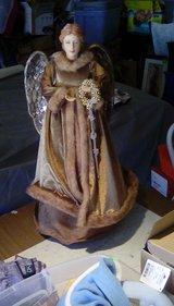 "24"" Tall Angel in Alamogordo, New Mexico"