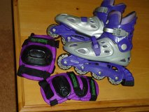 girls rollerblades, elbow&knee pads in Chicago, Illinois