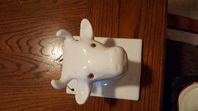 ceramic cow towel & apron hanger in Plainfield, Illinois