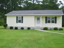 Clean & Quiet 2Bed/1.5Bath House Available!! in Camp Lejeune, North Carolina
