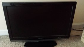 19 in tv with cd player in Aurora, Illinois