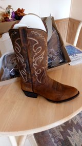 Dan Post men's 8.5 western boots in Alamogordo, New Mexico