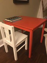 Table for kids like new in Chicago, Illinois