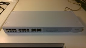 3COM Baseline 24-Port Unmanaged 10/100 Ethernet Switch in Elgin, Illinois
