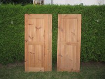 2 antique wooden panels in Ramstein, Germany