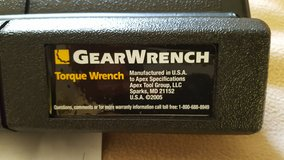 "GearWrench 3/8"" Micrometer Torque Wrench 10-100lbs in Travis AFB, California"