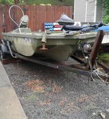 18 ft K -craft fish/duck boat in Fort Campbell, Kentucky