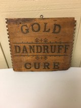 VINTAGE WOOD SIGN in Glendale Heights, Illinois