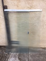 sliding shower doors - excellent condition in Travis AFB, California