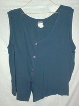 Sleeveless - Blouse - Navy - Size L in St. Charles, Illinois