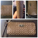 Coach leather & canvas wristlet in Joliet, Illinois