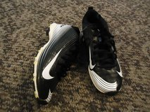 Unisex NIKE Vapor Soccer (or could be football if desired) Cleats Size 4Y in Fort Benning, Georgia
