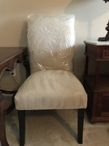 Set of 8 White Formal dining room chairs in Kingwood, Texas