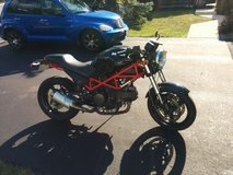 Ducati Monster 695 in Glendale Heights, Illinois