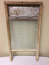 FARMHOUSE LAUNDRY WASHBOARD in Glendale Heights, Illinois