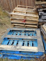 Free wooden pallets in Fort Lewis, Washington