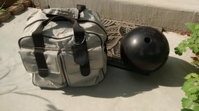 BOWLING BALL & BAG in Schaumburg, Illinois