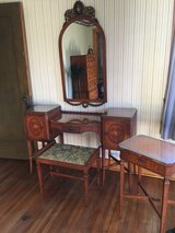 Antique sewing table in Naperville, Illinois
