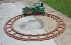 Peg Perego Santa Fe Express ride on train w rechargeable battery and track in Oswego, Illinois