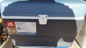 MaxCold Legend 50 qt. Icechest in Yucca Valley, California