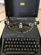 REMINGTON RAND TYPEWRITER in Yucca Valley, California
