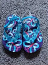 Brand New! Butterflies Flip Flops Girls 6/7 Shoes in Clarksville, Tennessee