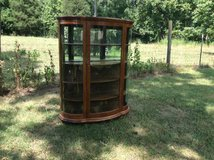 Qtr Oak Serpentine China Cabinet W/Mirror Back in Cherry Point, North Carolina
