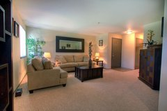 2 Bed 1 Bath 2nd Floor Available 10/16 in Fort Lewis, Washington