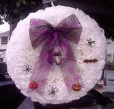 WREATH 17 inches, BEAUTIFUL WHITE in Camp Pendleton, California