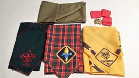 CUB AND BOY SCOUT ITEMS - Shirt Small in Westmont, Illinois