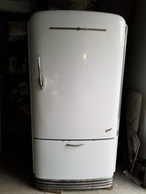Vintage 1940's GE Refrigerator in Glendale Heights, Illinois