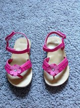 Cute! Gymboree Hot Pink Sandals size 6 in Fort Campbell, Kentucky