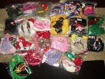 Doll Hats,Scarfs,and Misc (15 bags left) in Alamogordo, New Mexico