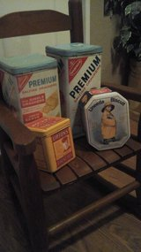 Antique / Vintage  Food Tins in Glendale Heights, Illinois