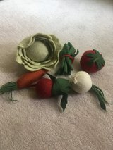 Wool Play Vegetable Set/Toys in Naperville, Illinois