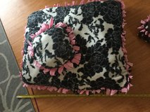 """Floral pet bed 28""""x24"""" in Okinawa, Japan"""