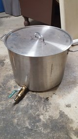 5 Gallon Heavy Duty Stainless Steel Kettle w/ Ball Valve in Fort Campbell, Kentucky