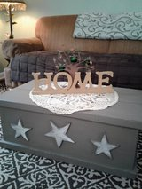 Rustic Stars Wooden Box Storage Chest Coffee Table in Tacoma, Washington