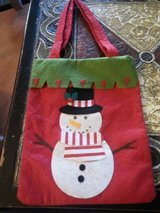 NEW DECORATIVE CHRISTMAS GIFT BAG in Schaumburg, Illinois