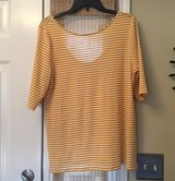 XL O.N. 3/4 Sleeve Top in St. Charles, Illinois