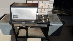 Weber Genesis Gold Grill in Naperville, Illinois