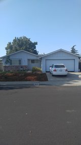 2 Bedrooms for Rent In Vacaville in Travis AFB, California