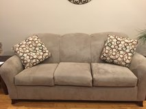 Almost new couch in Rolla, Missouri