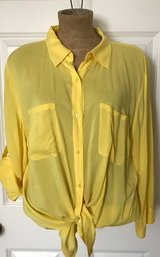 A.N.A yellow button down top size xl in Morris, Illinois