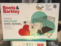 Boots and Barkley medium wire Kennel new in Naperville, Illinois